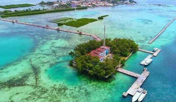 Pulau Kelapa di Kepulauan Seribu